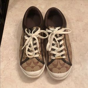 Coach shoes size 9